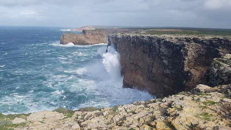 Viel schnelle Luft unterwegs: Cabo Sao Vicente und Roald Amundsen
